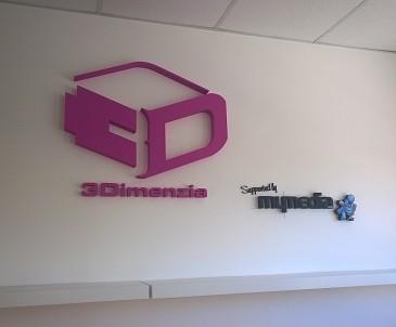 Nesvetelná 3D reklama.
