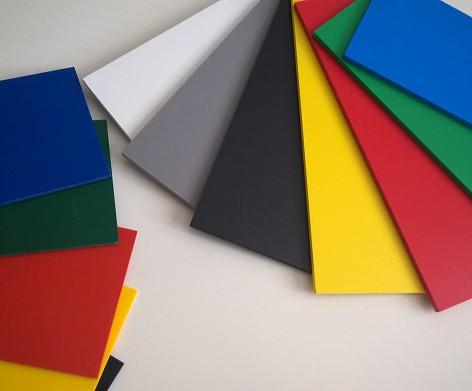 Doskové materiály pre výrobu reklamy