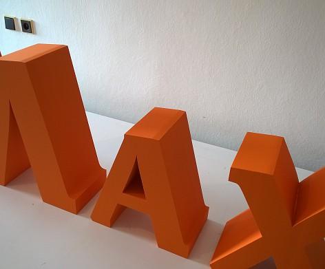 Samostatne stojaci 3D nápis