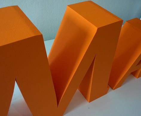 Samostatne stojaci 3D nápis.